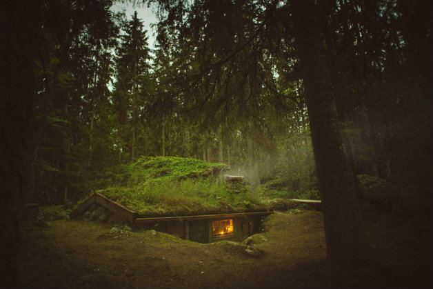 cozy-cabins-in-the-woods-575fb293b592d__880