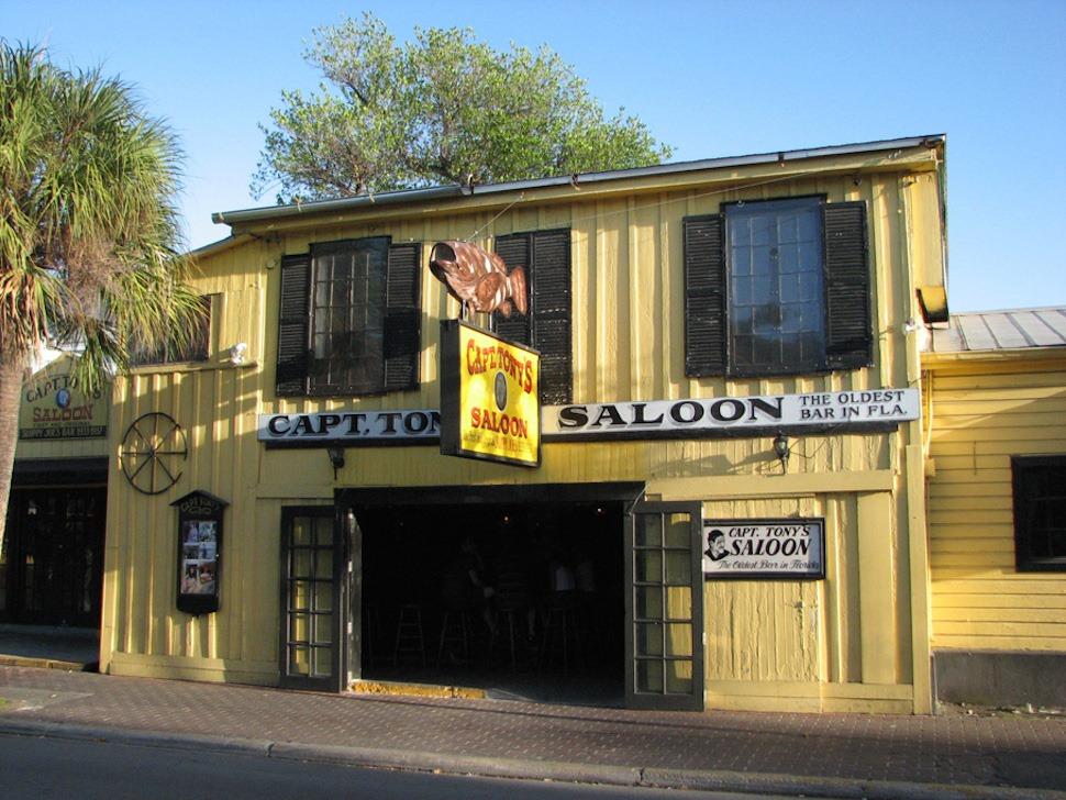 captain-tonys-saloon-56