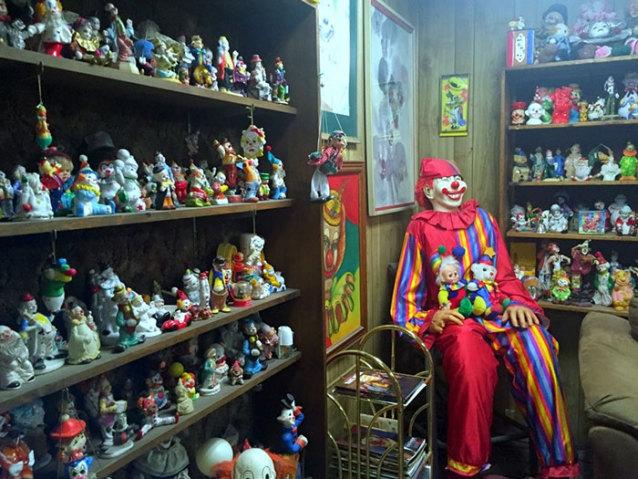 clown_motel (2)