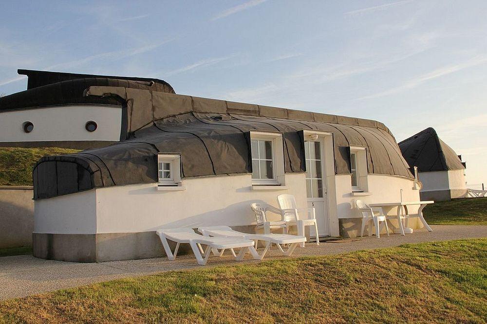 equihen-plage-boat-house-22