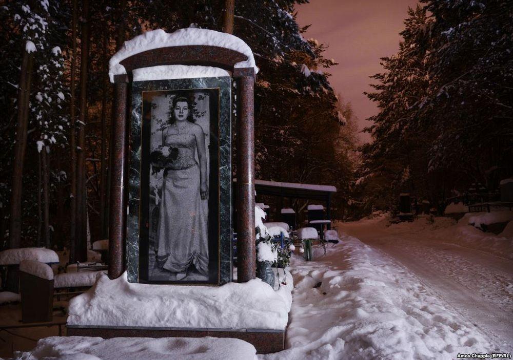 gangster-cemetery-yekaterinburg-172