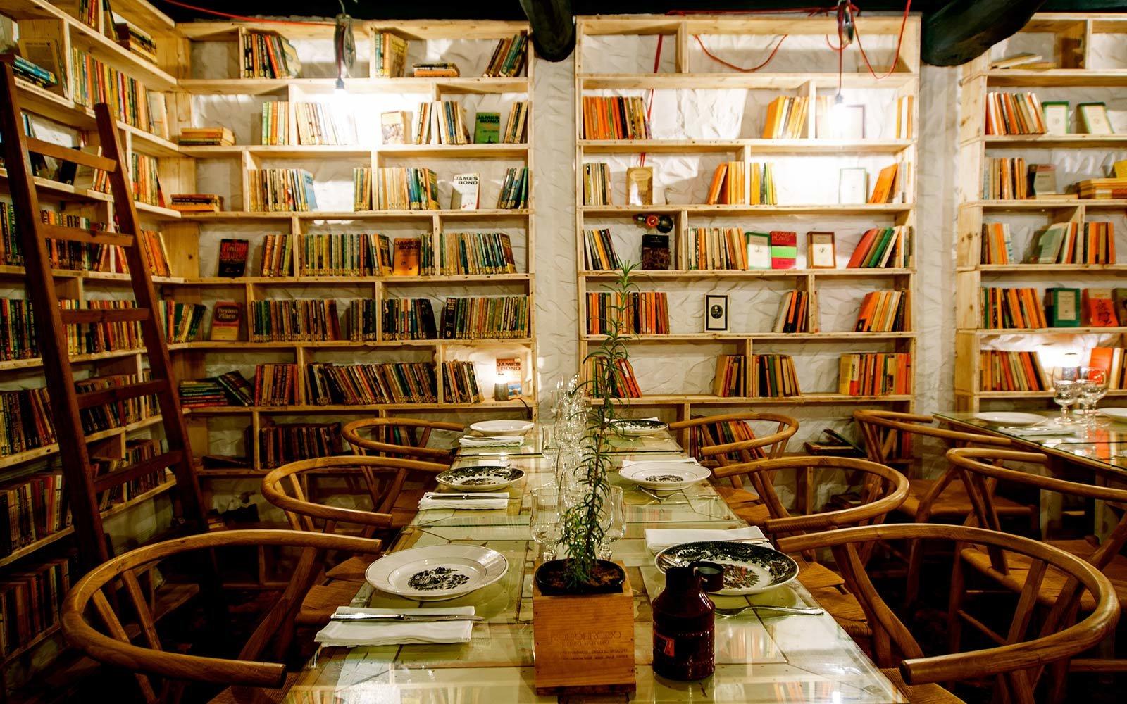 literary-man-obidos-hotel-dining-LITMAN1122