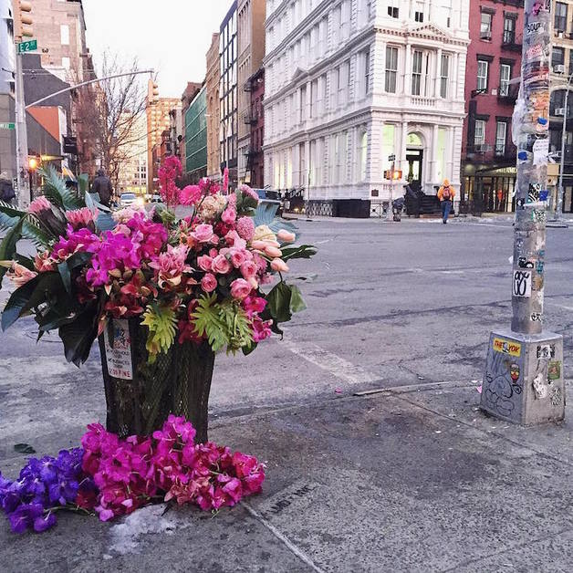 trash-can-vase-flower-flashes-lewis-miller-design-2