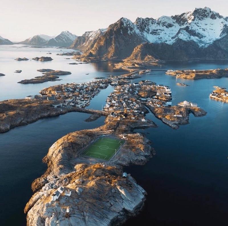 henningsvær-idrettslag-stadion-noruega_006