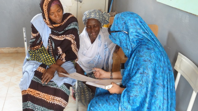 Madame Idrissa is the head of a program in Ingall which links the maternity clinic their with nomadic communities.  Our matrones are all working with this program.