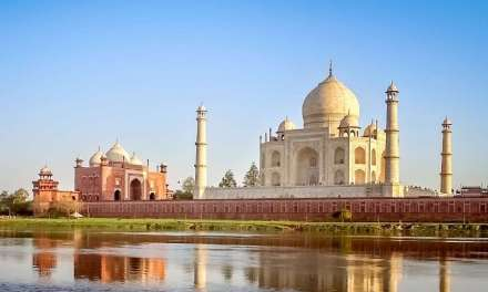 What You Need To Know Before Visiting the Taj Mahal