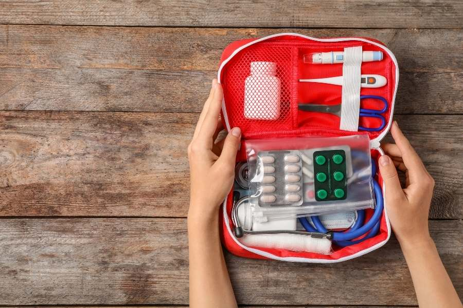 first aid kit for long-term travelling