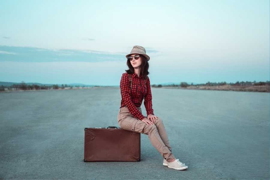 nomad girl travel clothes (1)