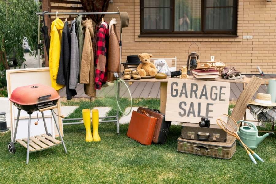 Raise funds for travelling - Garage sale