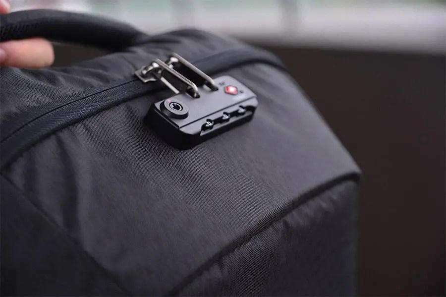 Laptop safe - bag with built in lock