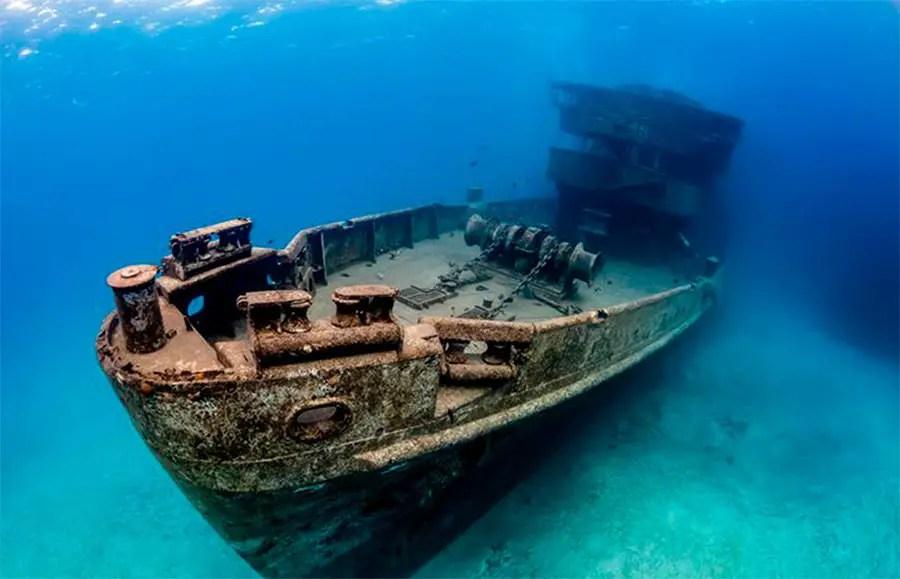 puerto morelos wreck dive