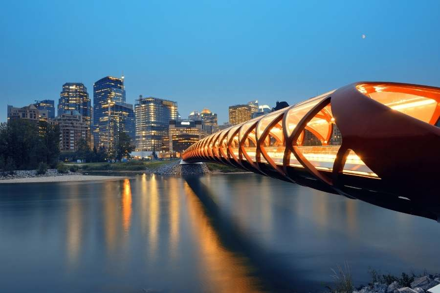 Best Places For Digital Nomads To Live, Work, And Play In Canada