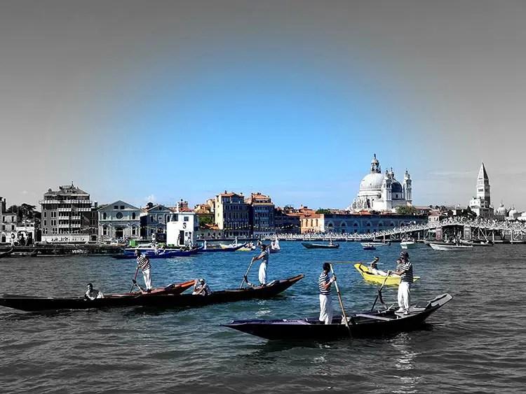 Festa-del-Redentore-Venices-Beautiful-Gondola-Race-MENsTYLEFashion-2020-Italy-summer-10