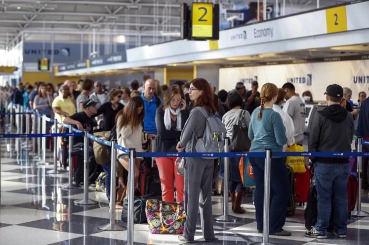 aglomeratie la aeroport