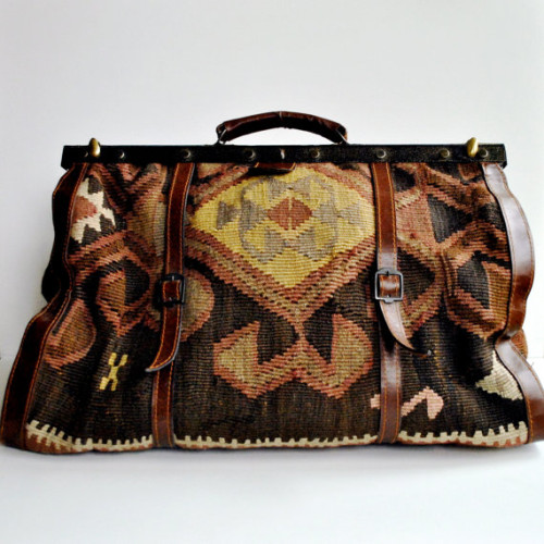 Kilim Carpet Bag via Daisy Chain Vintage on etsy