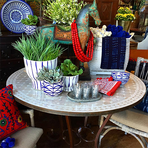 Tile Table at Tierra del Lagarto