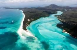 View of Whitehaven Beach in the Whitsundays, Australia