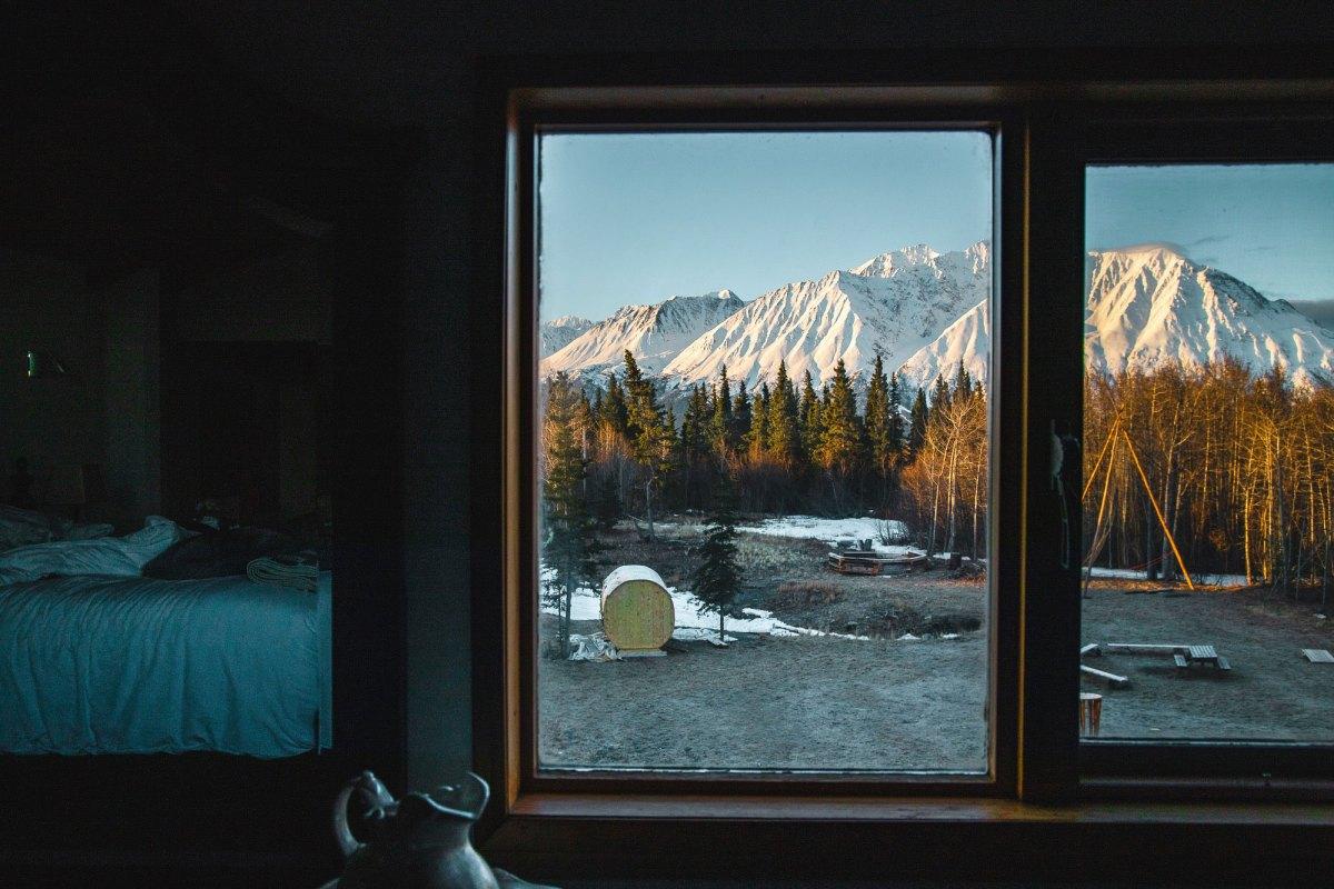 Nomadic Fare in Yukon, Canada at Mount Logan Lodge