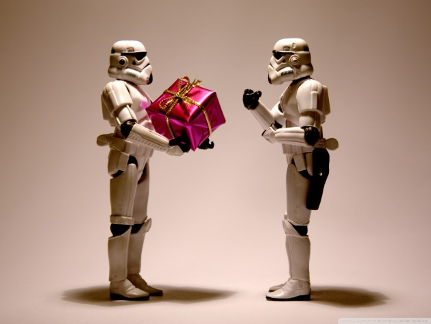 stormtrooper_christmas-wallpaper-1680x1260