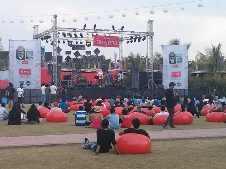 MTS stage and the Bacardi bubble chairs