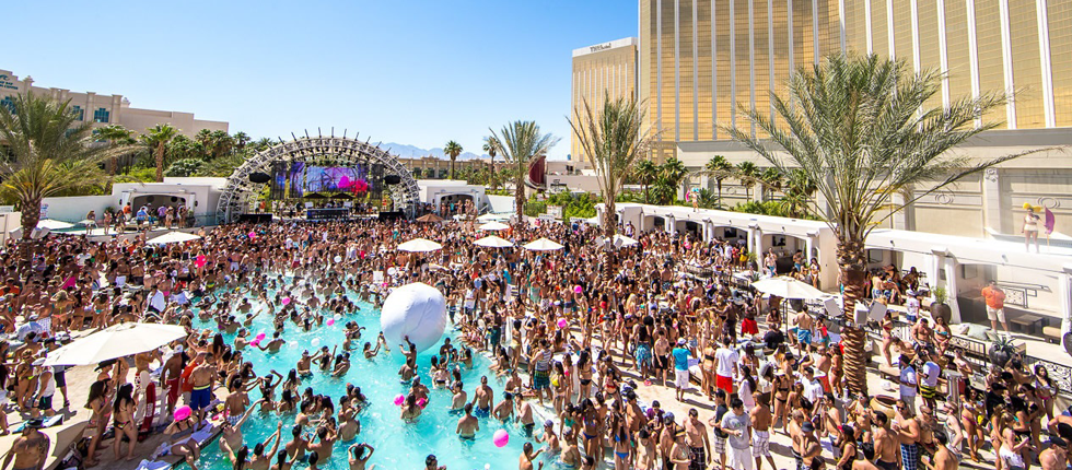 pool party, vegas