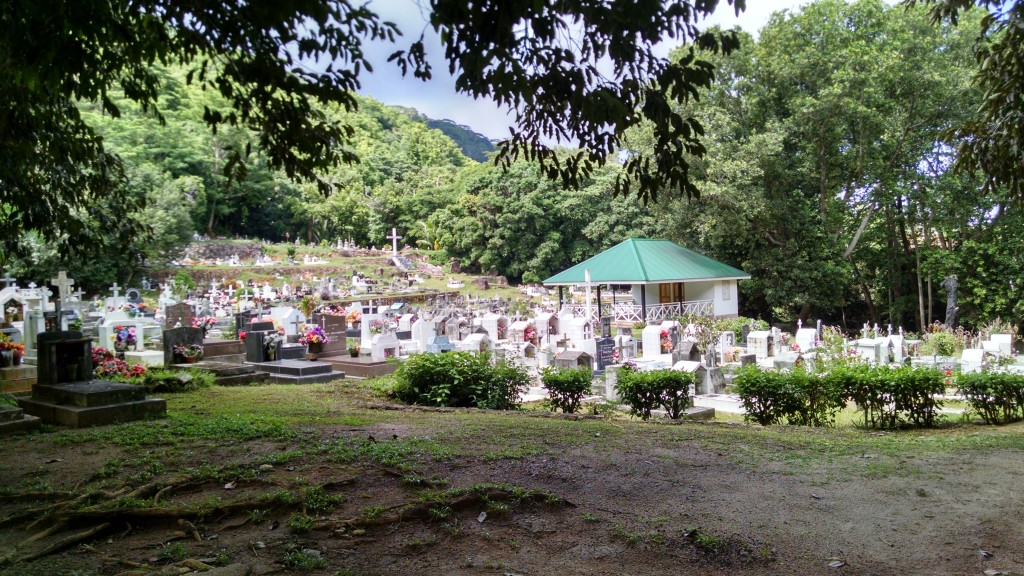 Graveyard La Digue