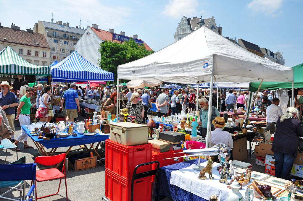 what to do in Vienna - Naschmarkt