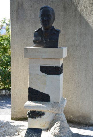 Bust of Dr. Ekrem Akurgal at Tepekule in Izmir, Turkey