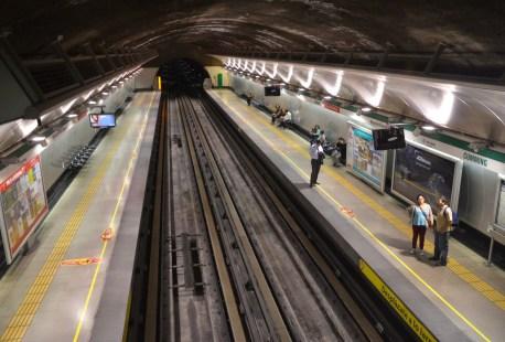 Metro Cumming in Santiago de Chile