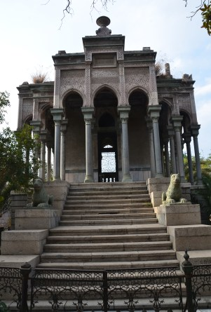 Moorish palace tomb at Cementerio General in Santiago de Chile