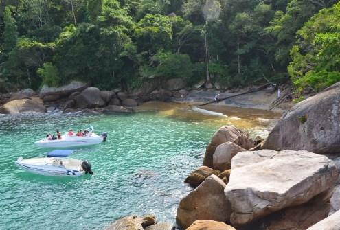 Praia do Caxadaço, Ilha Grande, Brazil