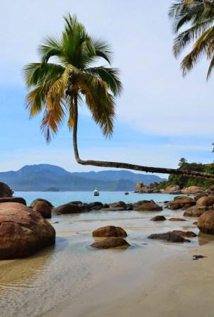 Praia do Aventureiro, Ilha Grande, Brazil