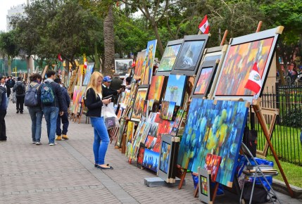 Artists outside of Parque Central in Miraflores, Lima, Peru