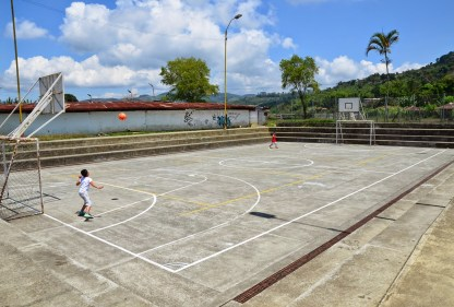 Basketball court in Anserma, Caldas, Colombia