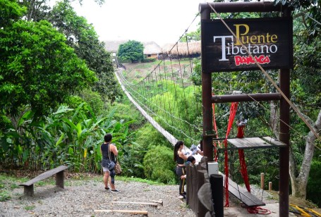 Puente Tibetano at Panaca in Colombia