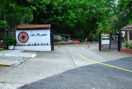 Mi Pueblito on Cerro Ancón in Panama City