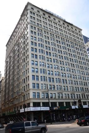 Santa Fe Building in Chicago