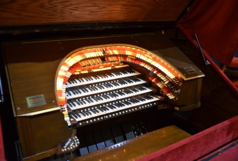 Wurlitzer Organ at the Chicago Theatre on State Street