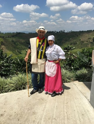 Recuca traditional cafetero costumes