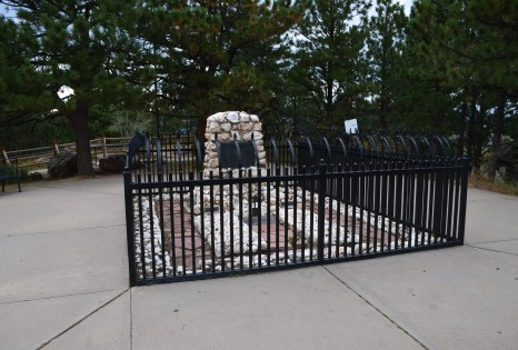 Grave of Buffalo Bill Cody on Lookout Mountain