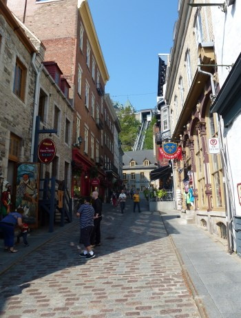 Rue Sous-le-Fort in Québec, Canada