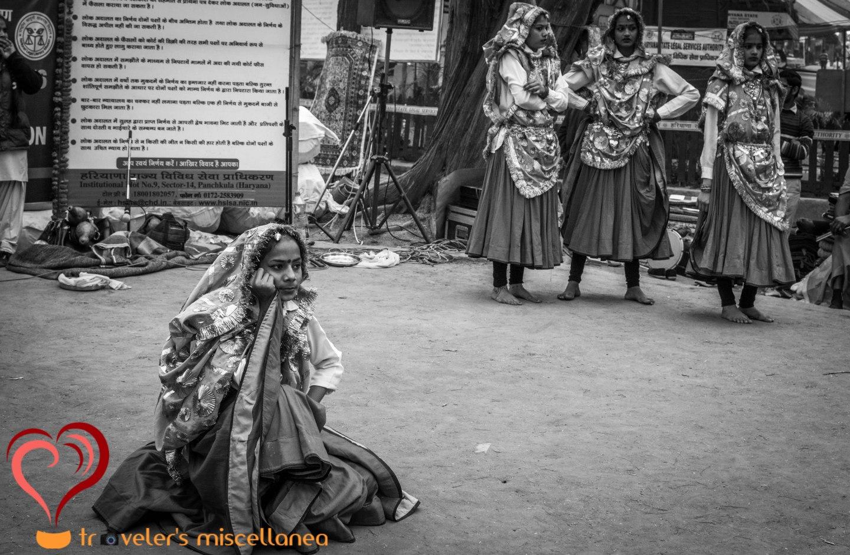 folk-dancers