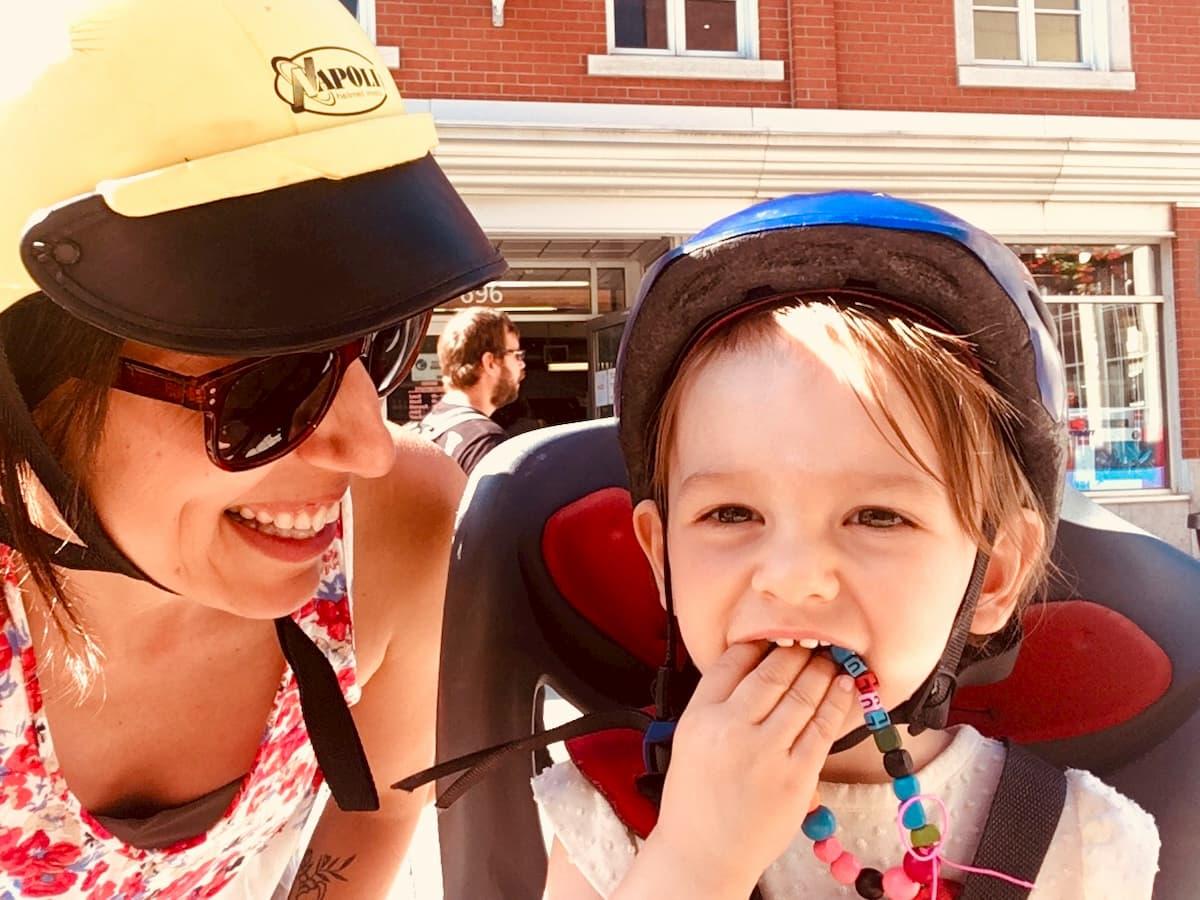 maman bébé vélo