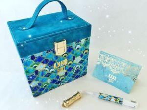 image「ANNA SUI(アナスイ)」クリスマスコフレ