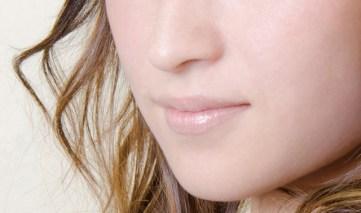頬のシミは病気のサイン