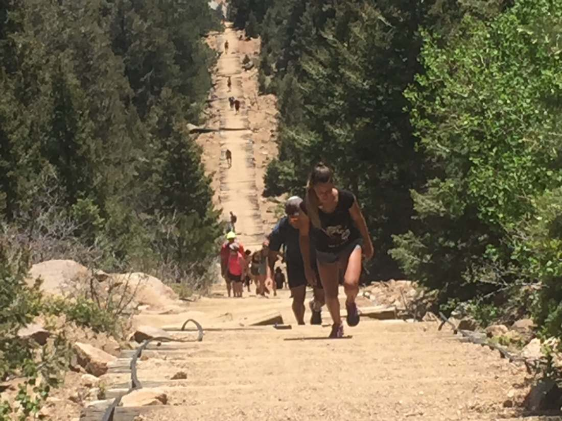 kids hiking manitou incline