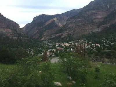 reasons to visit Ouray Colorado: hiking Perimeter trail