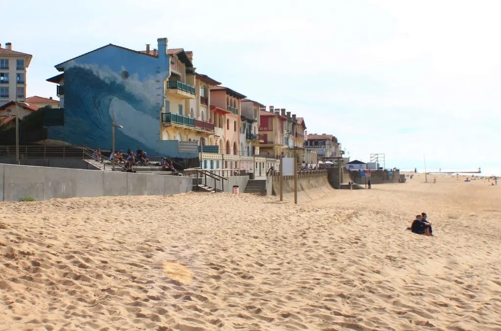 Reason to Visit Hossegor, France- cute beach town