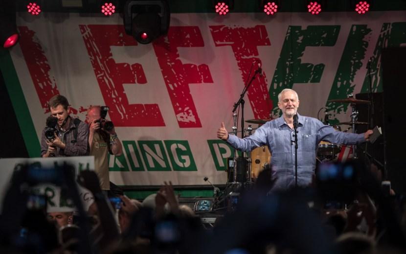 Jeremy-Corbyn-Glastonbury-2017