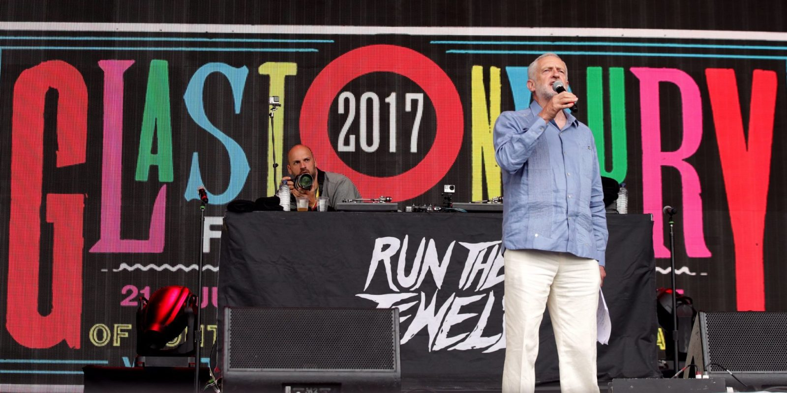 Jeremy-Corbyn-Glastonbury-2017-Young-Voters-Labour